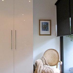 White wardrobes design