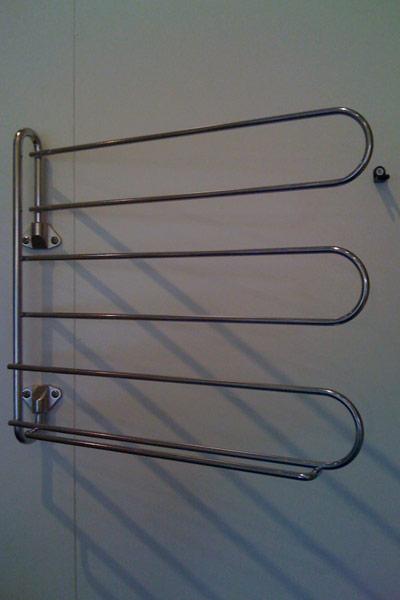 Swivel belt and tie rack