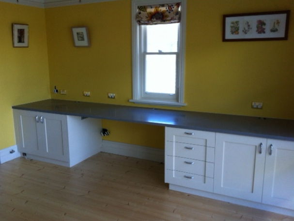 Home-Office-in-Clovelly-Image1