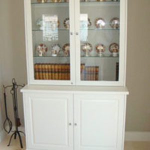 display cabinets woolwich
