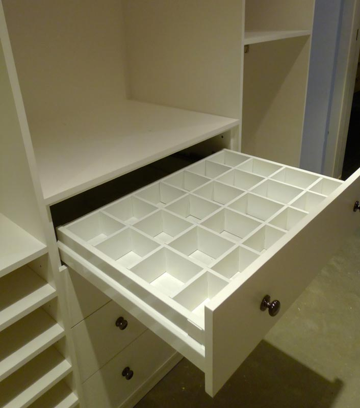 Customised drawer partitions designs