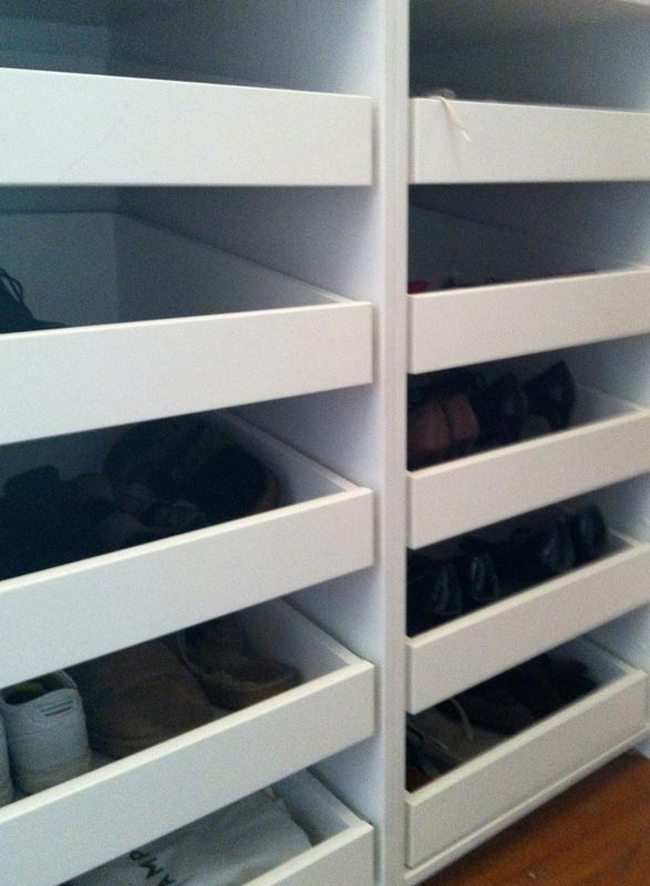 Angled shoe drawers